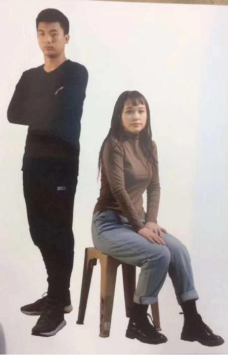 2019年新疆美术联考速写考题